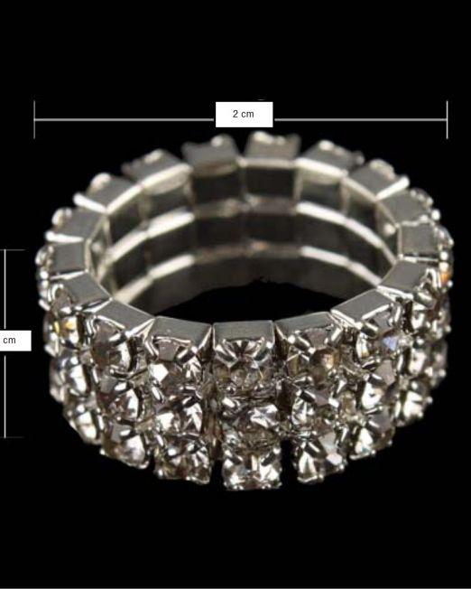 Paindlik Kividega Sõrmus